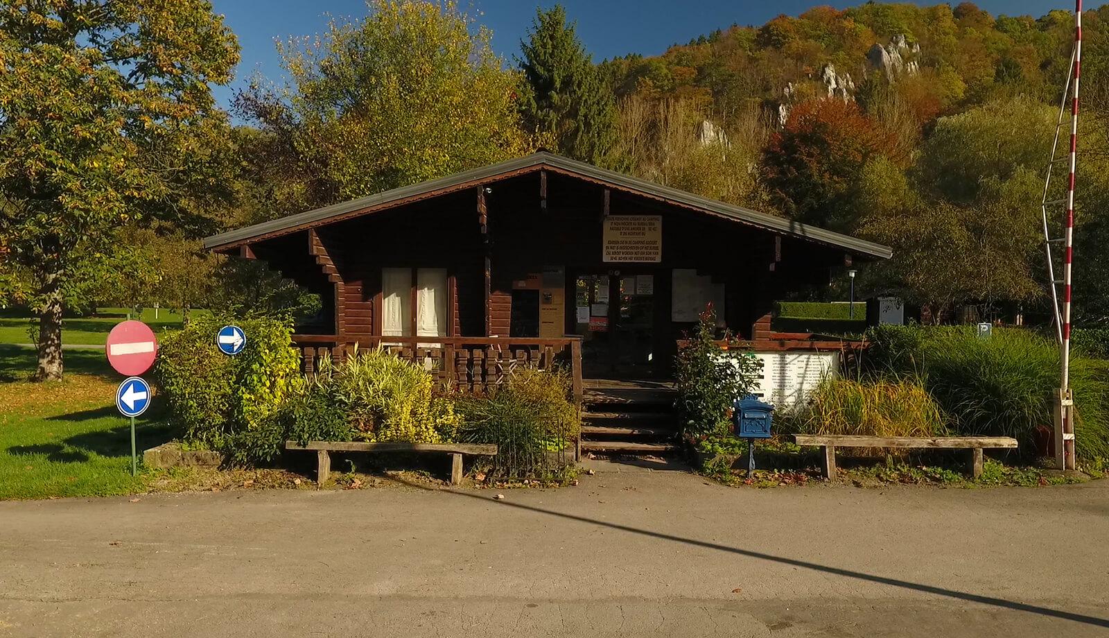 Der Campingplatz ist geöffnet von 8:00 bis 22:00